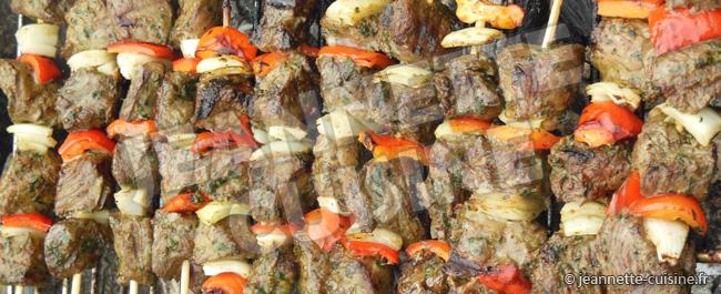 Recette de brochettes de boeuf - Jeannette Cuisine