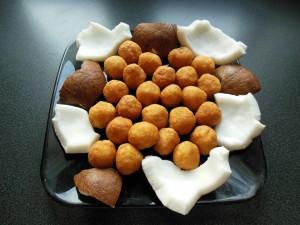 Boules de manioc et noix de coco