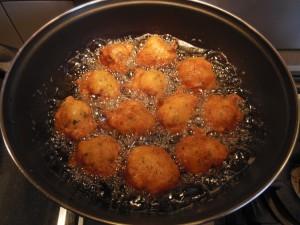 Frire vos acras dans de l'huile bouillante