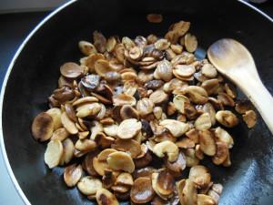 Griller les kaklou dans la poêle